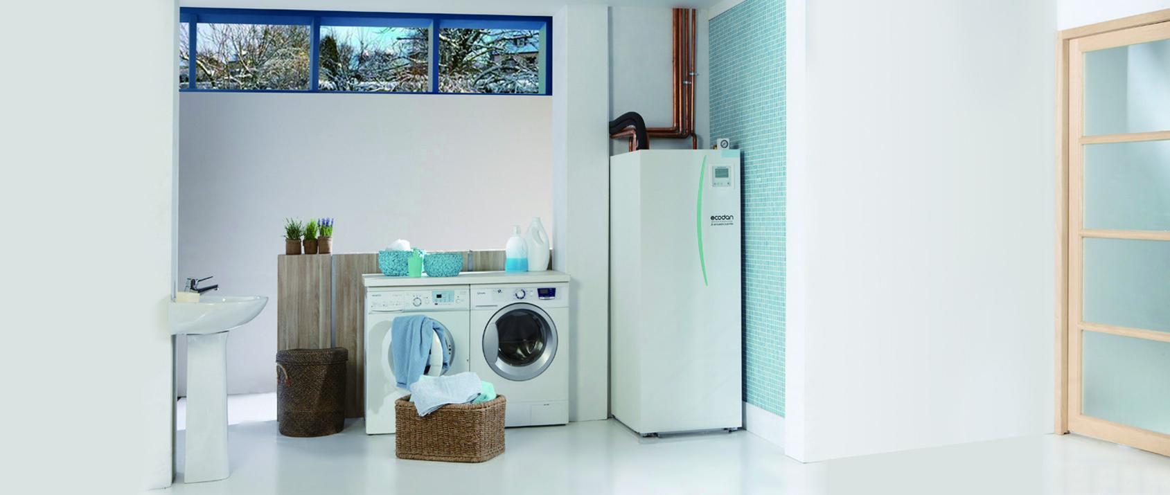 Notranja enota toplotne črpalke zrak-voda ne vzame veliko prostora, omogoča čistočo in urejenost.